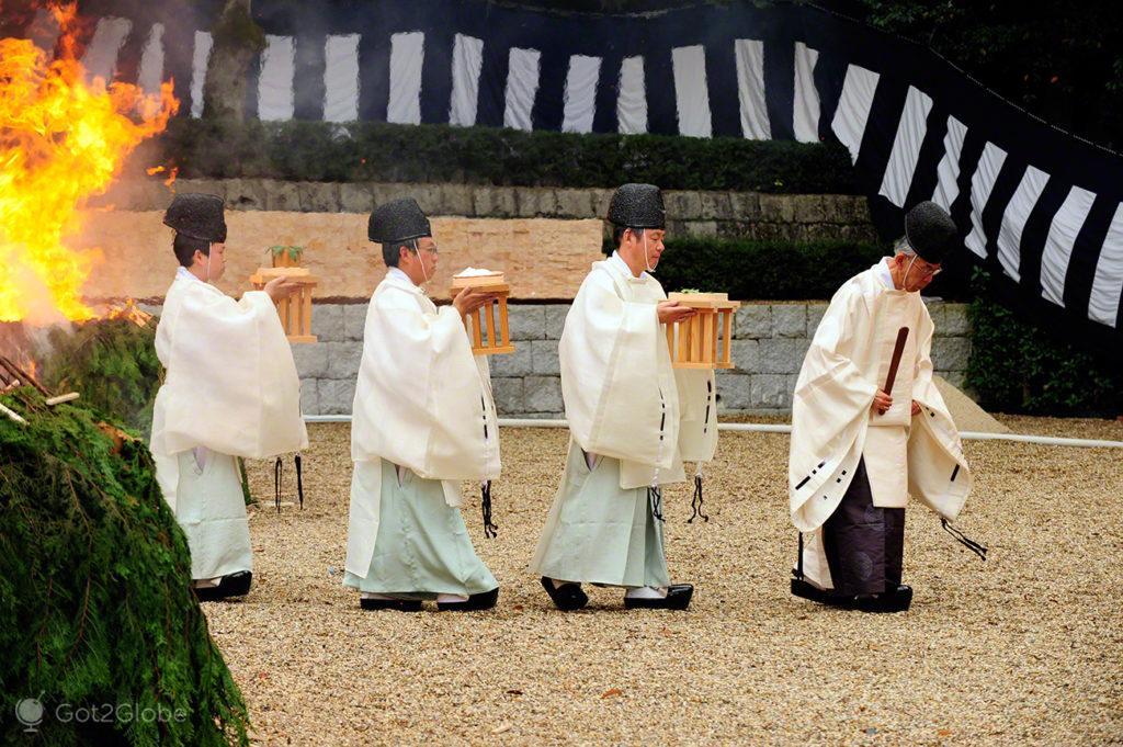 Cerimónia do Fire, Festival de Ohitaki, templo de fushimi, quioto, japao
