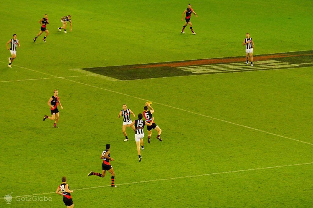 Disputa no ar, Melbourne Cricket Ground-Rules footbal, Melbourne, Australia