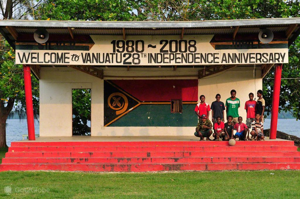 Em equipa, Unity Park-Luganville, Espiritu Santo, Vanuatu