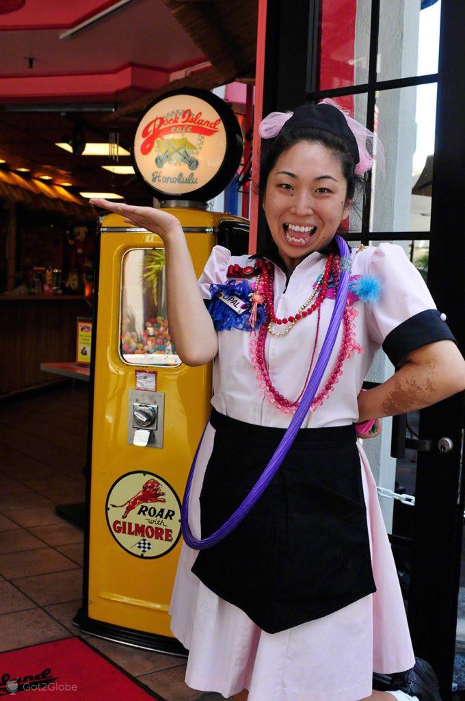 Empregada do café Dock Island, Waikiki, Oahu, Havai