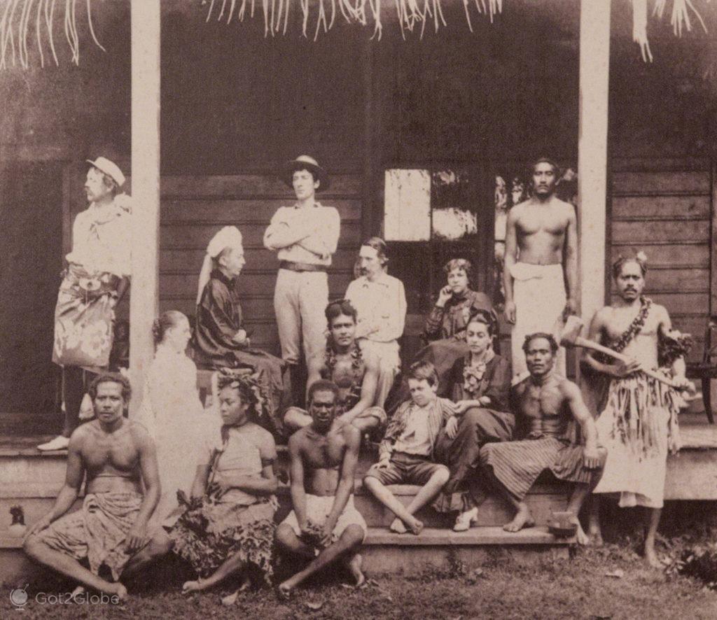 Foto historica de R Louis Stevenson com nativos, vila vailima, Robert Louis Stevenson, Upolu, Samoa