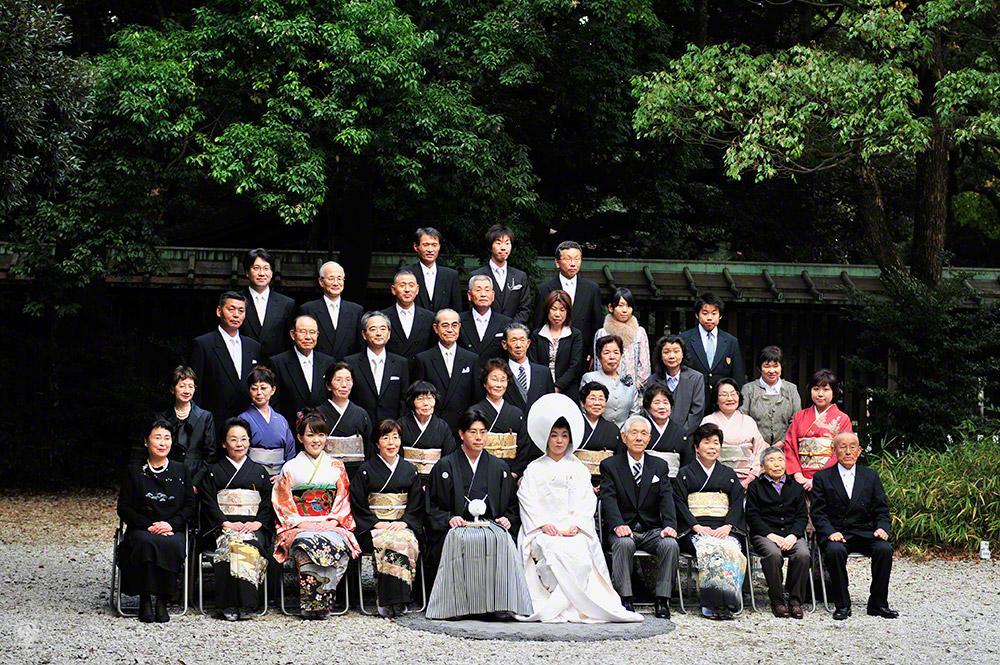 Fotografia de grupo, casamento tradicional-templo Meiji, Tóquio, Japão