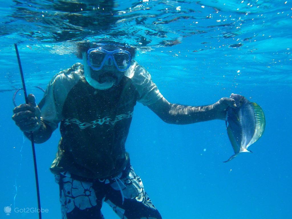 Pesca submarina, ilha de Ouvéa, Ilhas Lealdade-Nova Caledónia