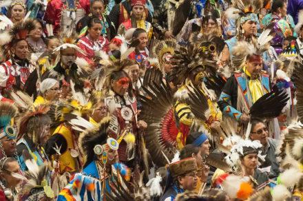 Desfile de nativos-mericanos, Pow Pow, Albuquerque, Novo México, Estados Unidos