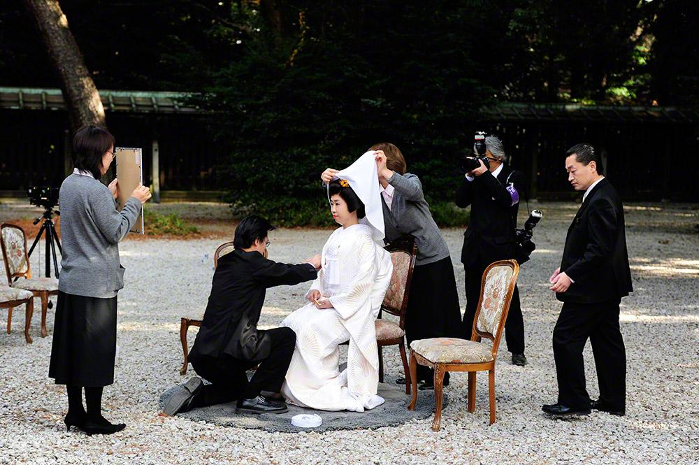 Acertos costureiros, casamento-templo Meiji, Tóquio, Japão