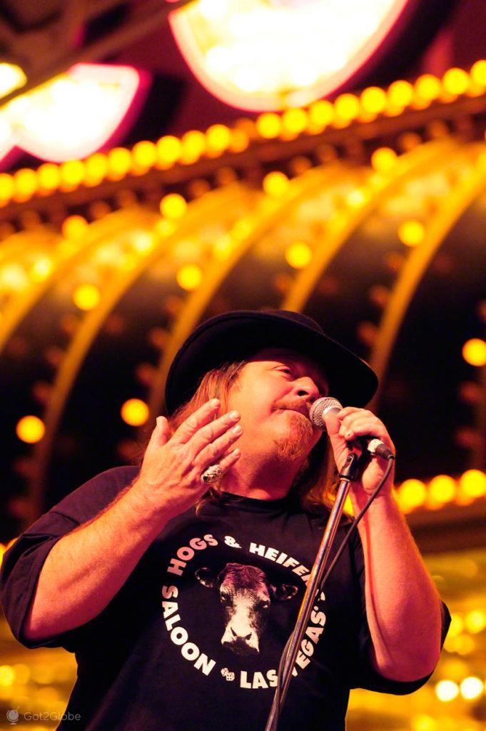 Vocalista banda hard rock, Fremont Street, Las Vegas, Estados Unidos