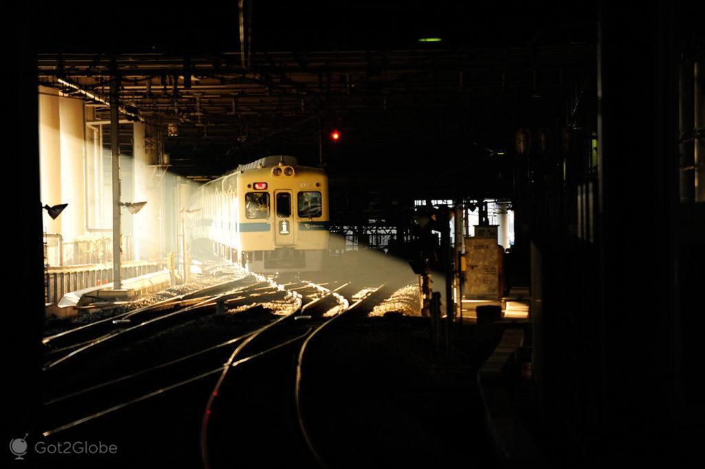 Chegada carruagem metro, sono, dormir, metro, comboio, Toquio, Japao