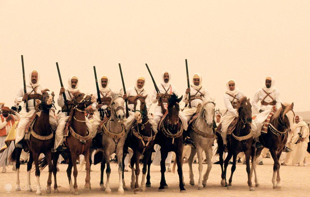 Cavaleiros, festival dos ksour, tataouine, tunisia