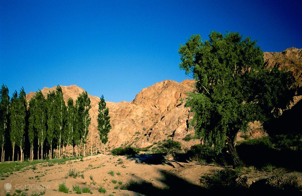Paisagem Uspallata, Mendoza, de um lado ao outro dos andes, argentina