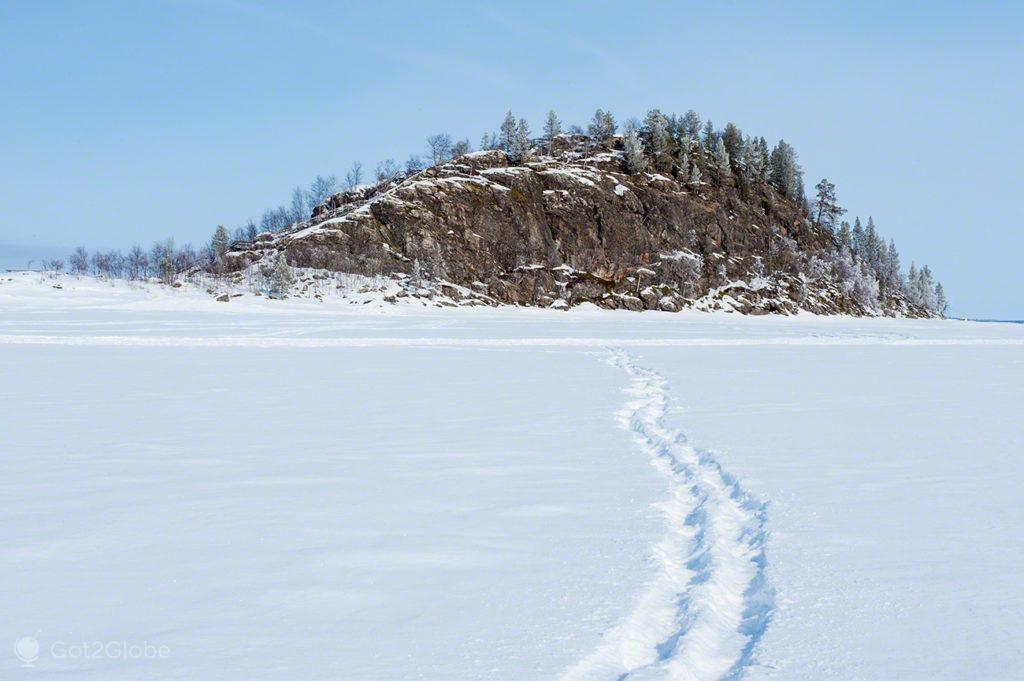 Ukonkivi, Lago Inari, Finlandia