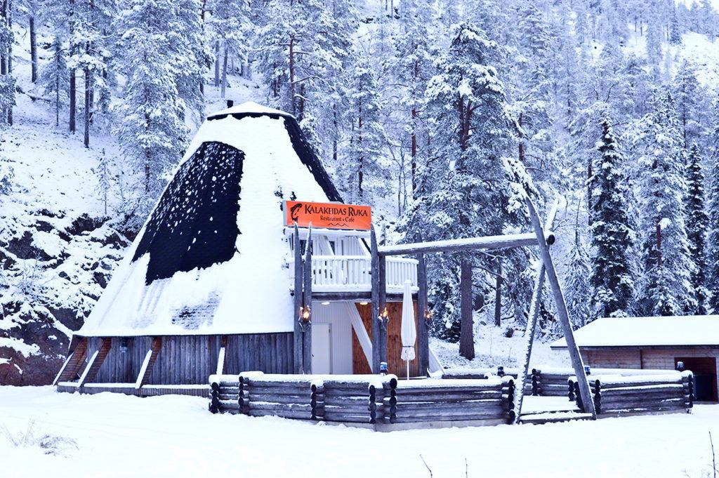 bar restaurante, tipi, rukka, parque nacional oulanka, finlandia
