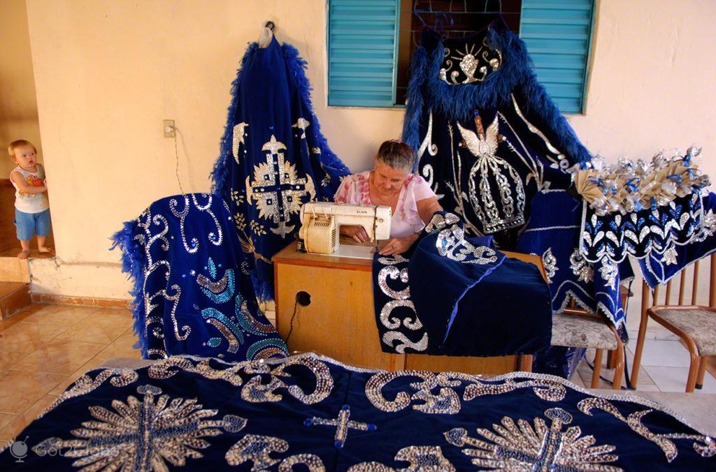 costureira, cavalhadas de pirenopolis, cruzadas, brasil