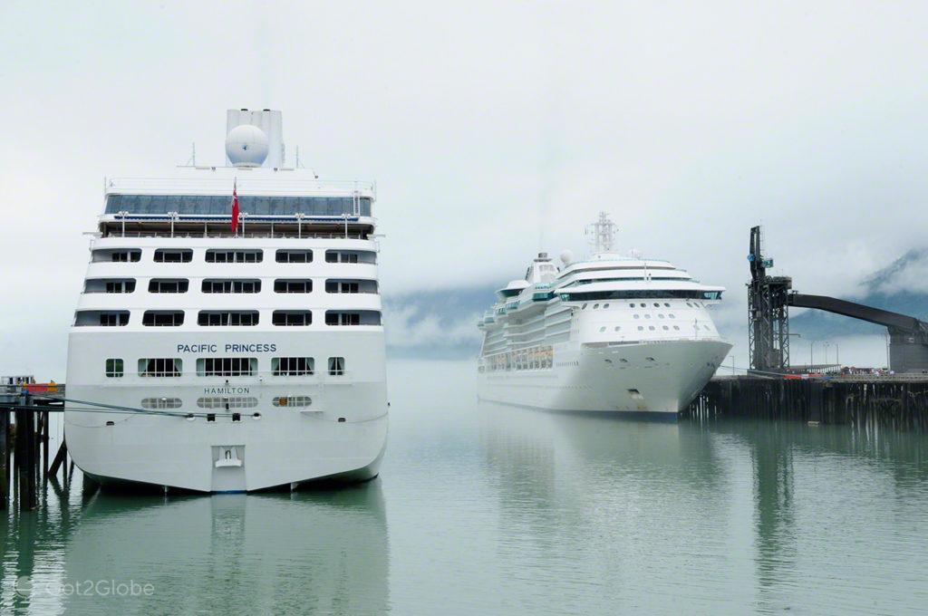 cruzeiros, porto, Skagway, Rota do ouro, Alasca, EUA