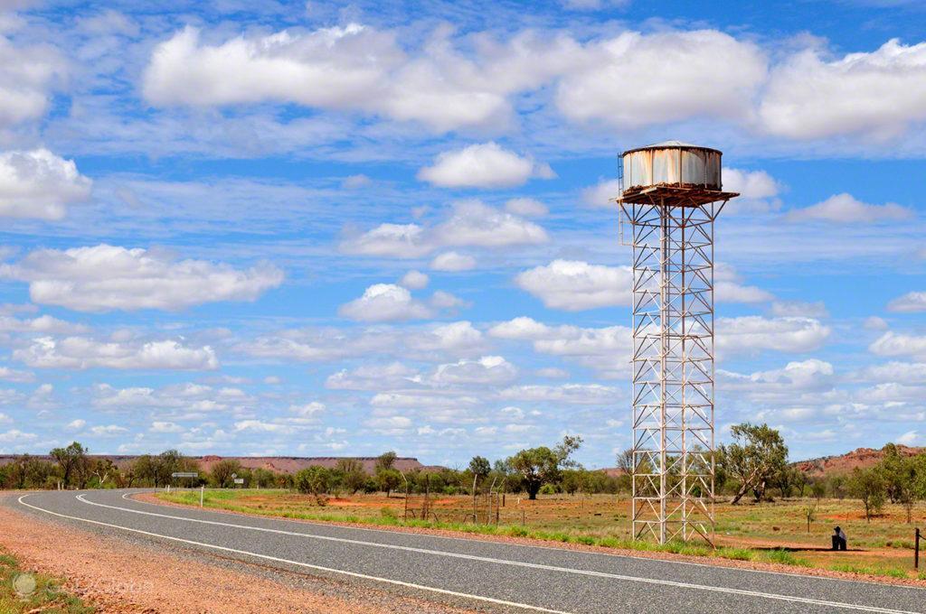 deposito agua, Tennant creek, Stuart Highway, Australia