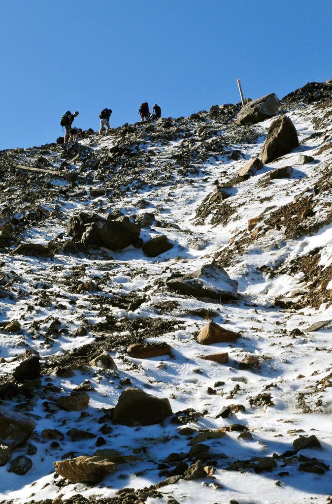 familia, caminhantes, topo tongariro, vulcoes, PN tongariro, nova zelandia