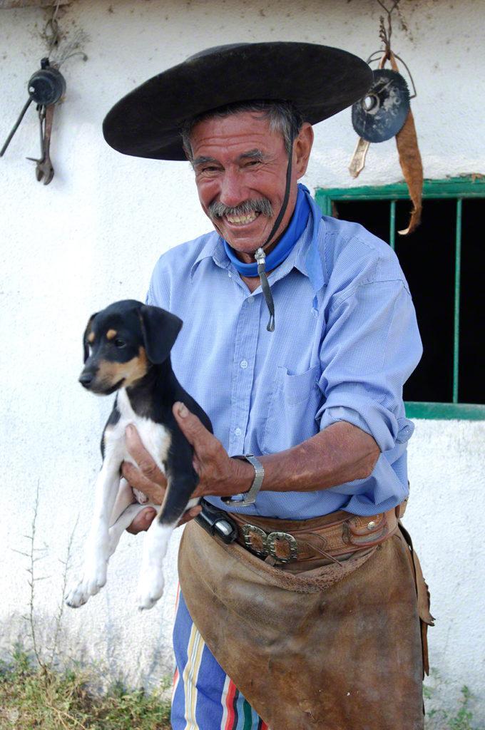 gaucho e cao, febre aftosa, carne fraca, colonia pellegrini, argentina