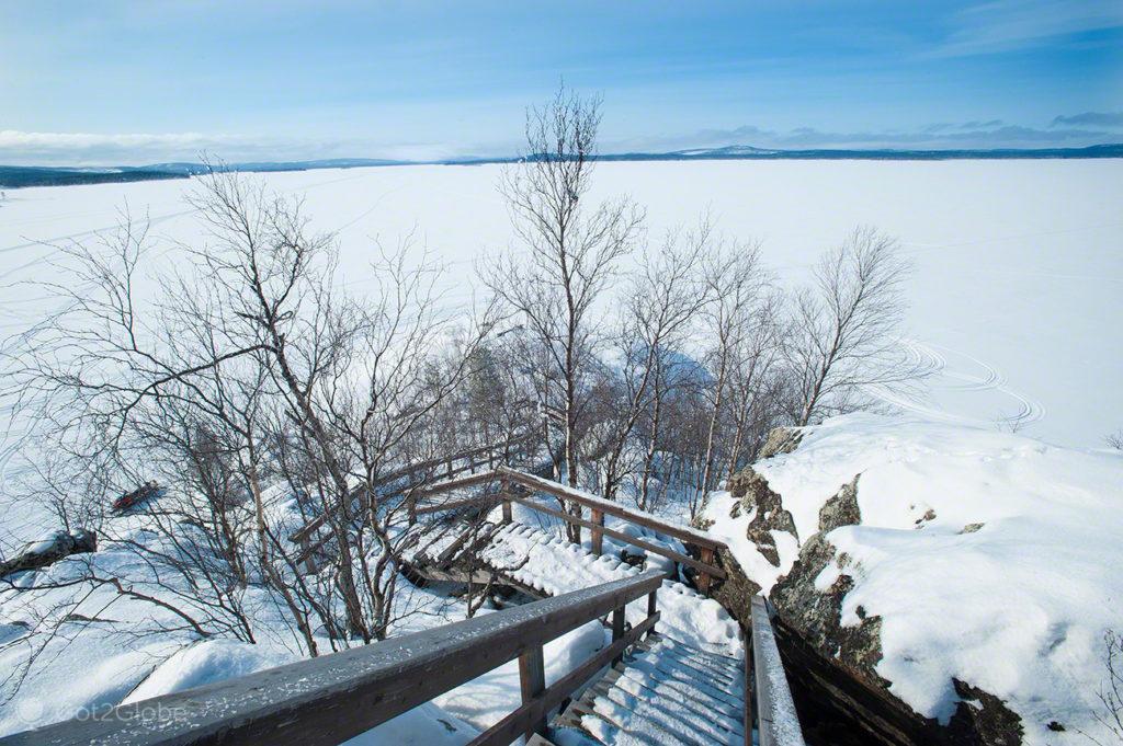 Ilha Ukonkivi, Lago Inari, Finlandia