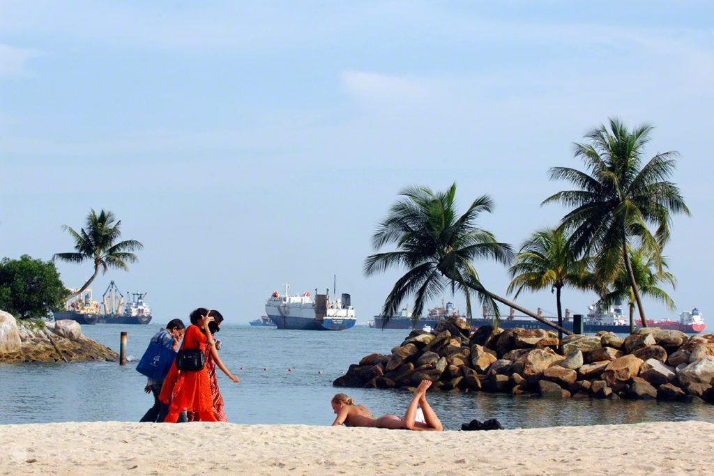 Ilha Sentosa, Singapura, Praia artificial de Sentosa