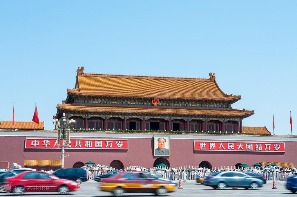 taxis, veiculos, mao tse tung, coracao dragao, praca tianamen, Pequim, China