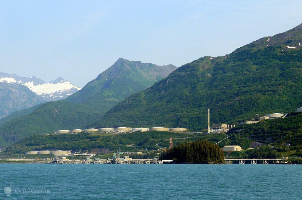 terminal petrolifero valdez, rota ouro negro, Valdez, Alasca, EUA