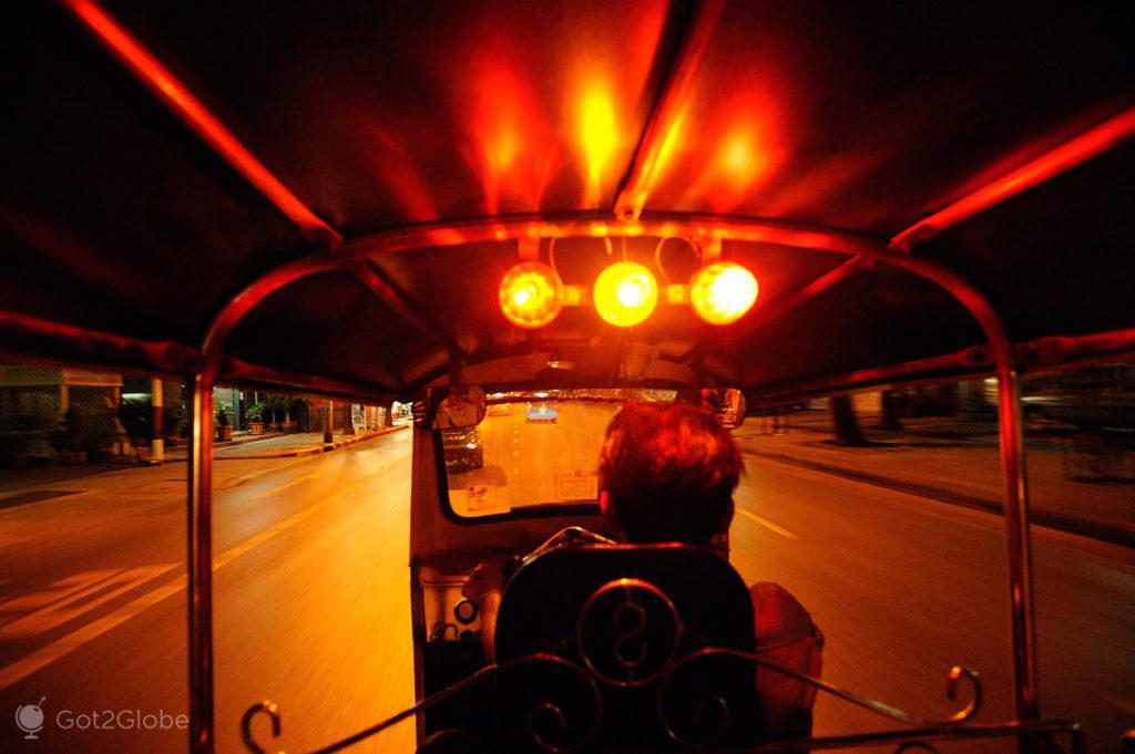 tuk tuk, rickshaw, noite, viagem, banguecoque, mil e uma noites, tailandia