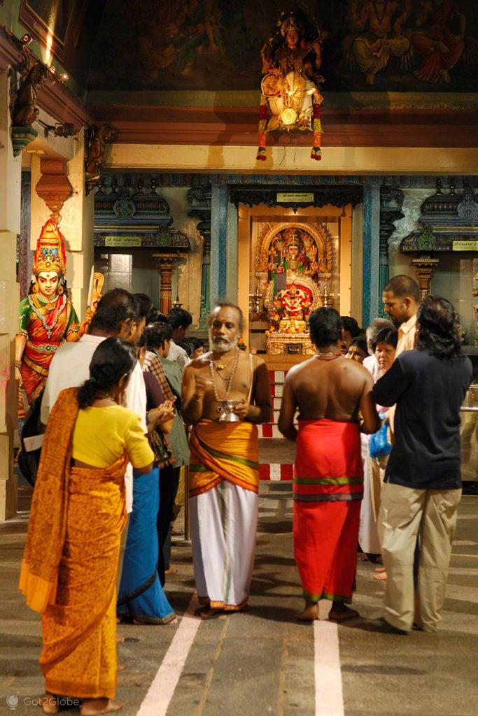 Cerimónia Hindu, Little India, Singapura de Sari, Singapura