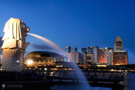 Singapura, ilha Sucesso e Monotonia