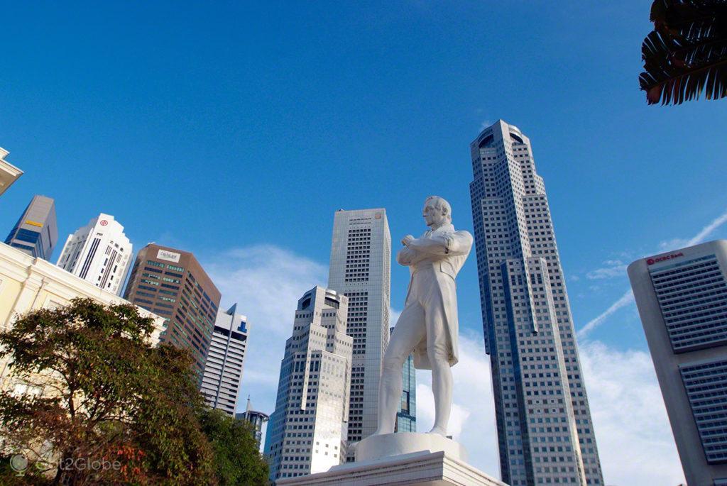 Sir Stamford Raffles, Singapura, ilha Sucesso e Monotonia