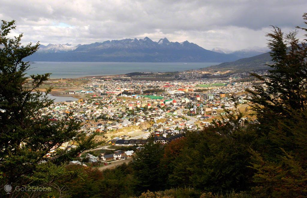 Casario de Ushuaia, ultima das cidades, Terra do Fogo, Argentina