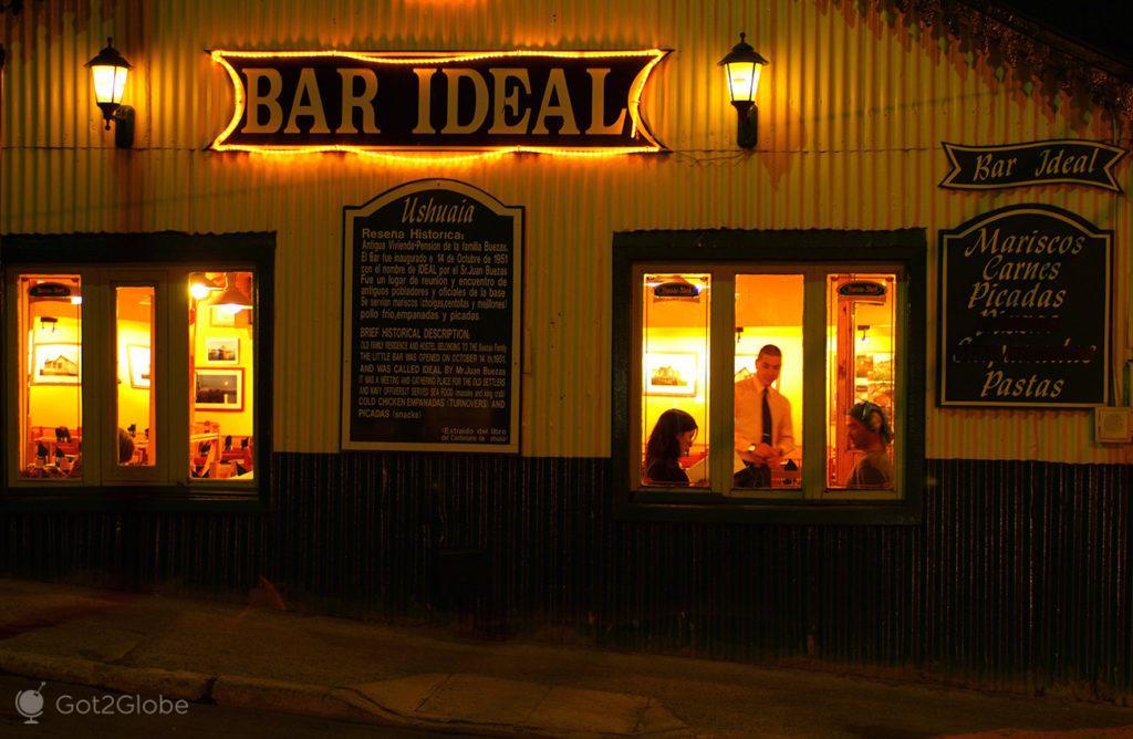 Bar Ideal, Ushuaia, ultima das cidades, Terra do Fogo, Argentina