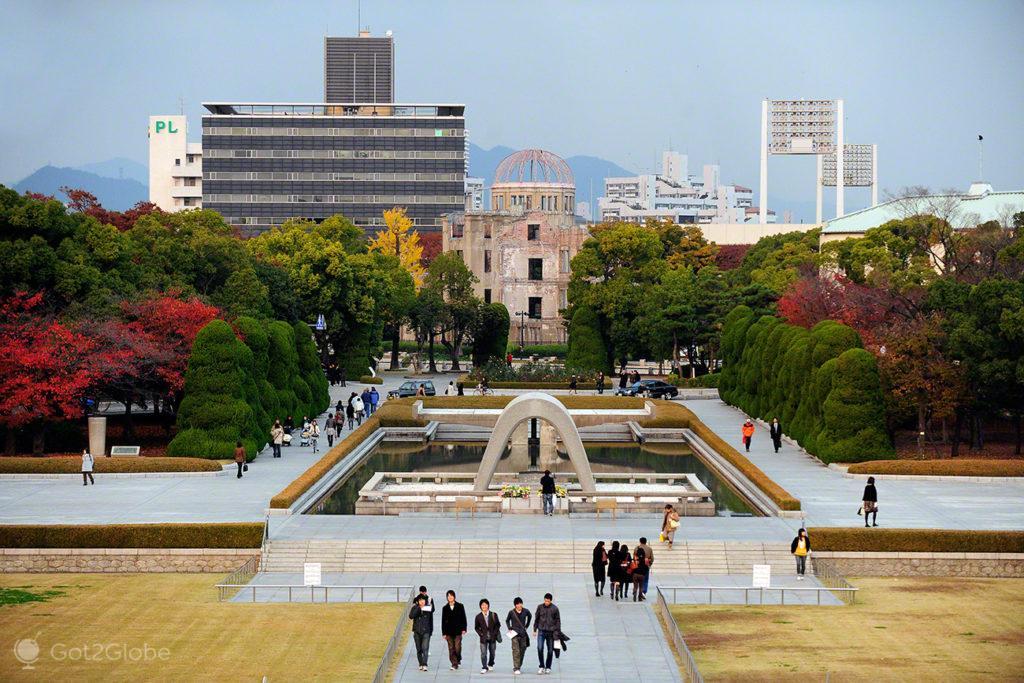 Hiroxima, cidade rendida à paz, Japão