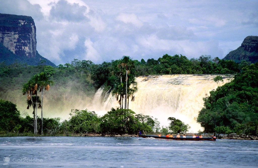 Curiara salto Uricao, Salto Angel Rio que cai do ceu, Angel Falls, PN Canaima, Venezuela
