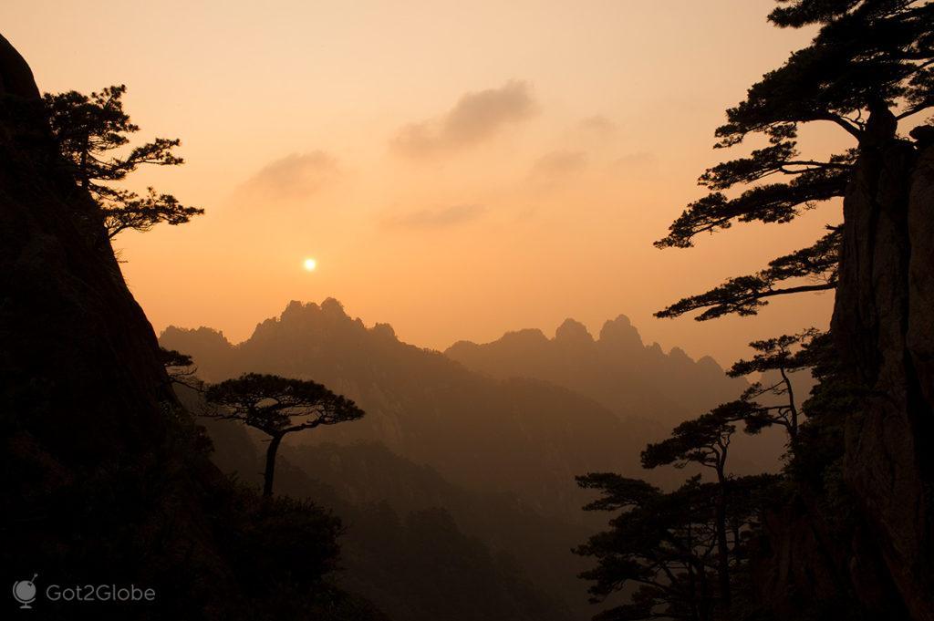Ocaso, Huang Shan, China, Anhui, Montanha Amarela dos Picos Flutuantes