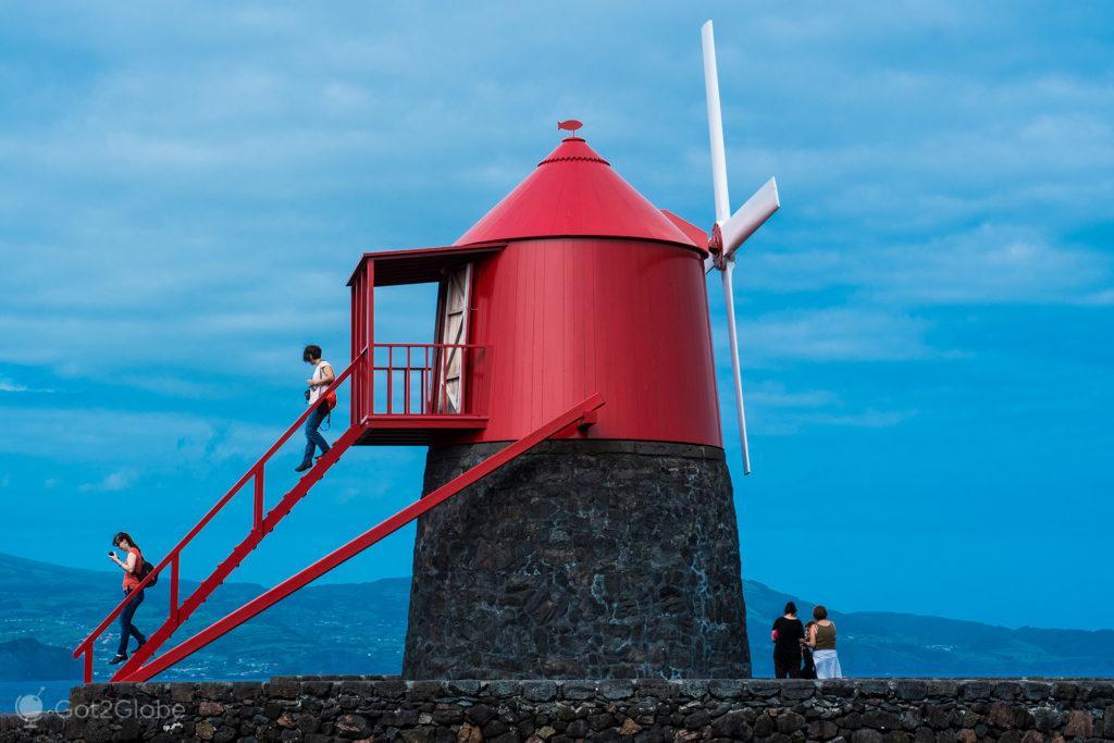Moinho do Frade, Ilha do Pico, Montanha Vulcão Açores, aos Pés do Atlântico