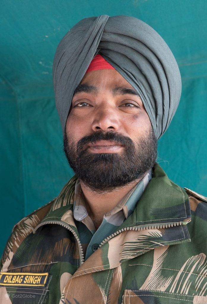 Dilbag Singh, militar indiano estacionado em Tawang, Arunachal Pradesh, Índia