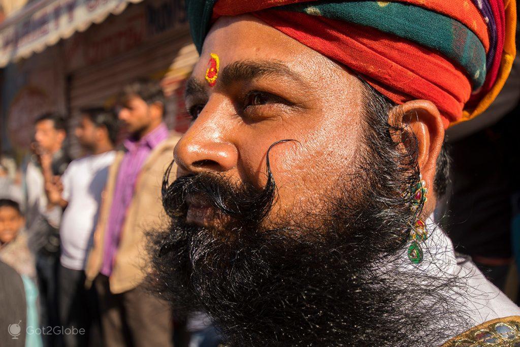 Rajput com bigode exuberante, Festival do Deserto de Jaisalmer, Rajastão, Índia