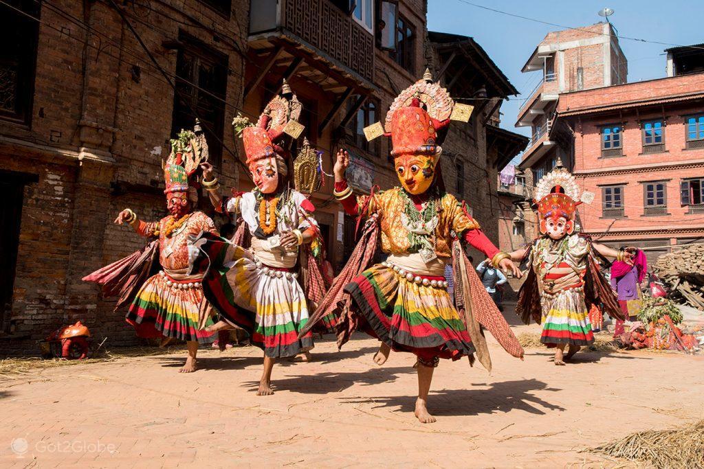 Dança newar em Bhaktapur, Nepal