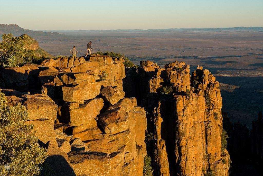 Penhascos acima do Valley of Desolation, junto a Graaf Reinet, África do Sul