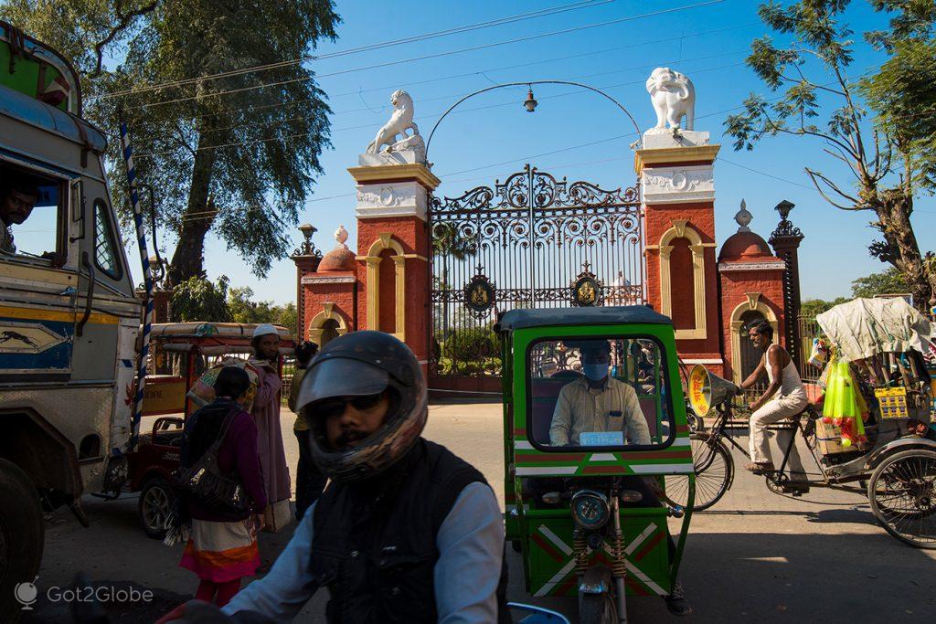 Portão palácio de Cooch Behar, Bengala Ocidental, Índia