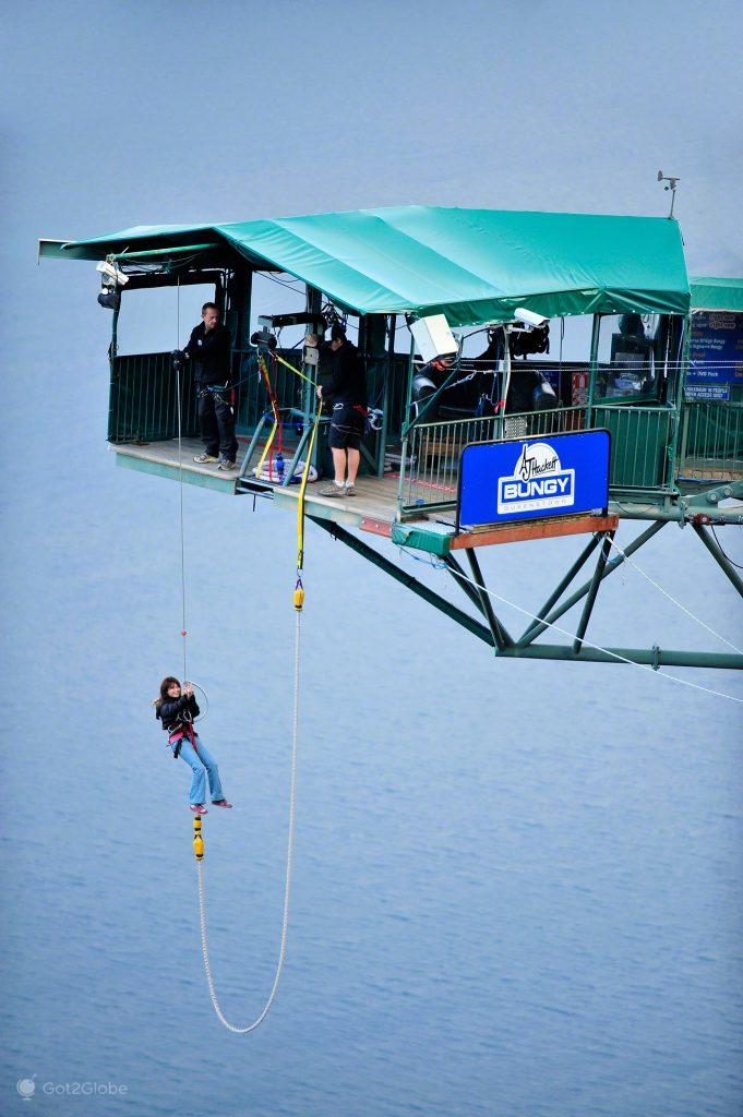 Fim de Bungee jumping, the ledge, Queenstown, Nova Zelândia