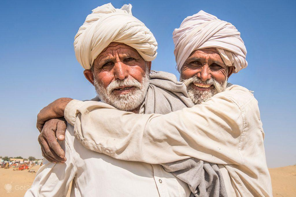 Irmãos donos de camelos, Sam Sam Dunes, Rajastão, Índia