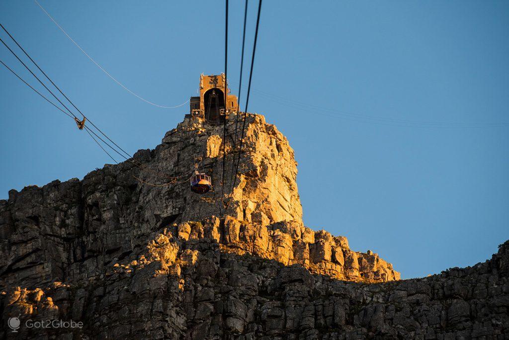 Teleférico de acesso ao topo da Table Mountain, Cidade do Cabo, África do Sul