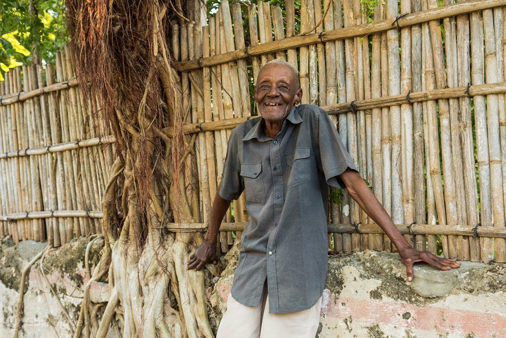 Sr. João Baptista, antigo funcionário do Estado Português, Ilha Ibo, Quirimbas, Mo