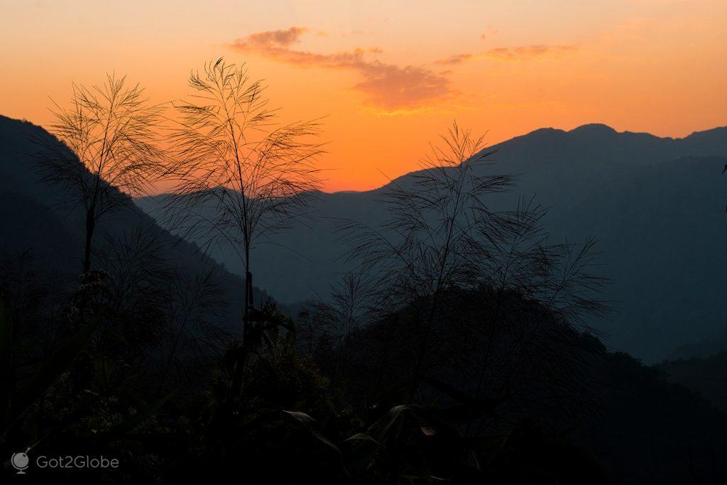 Ocaso sobre Nongblai, Meghalaya, Índia