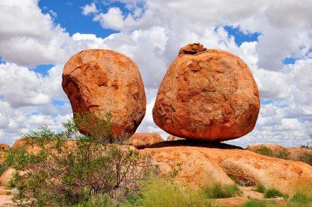 Devils Marbles, Alice Springs a Darwin, Stuart hwy, Caminho do Top End