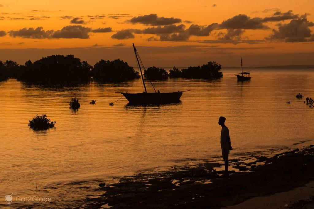 Pôr-do-sol sobre a ilha Ibo, Quirimbas, Moçambique