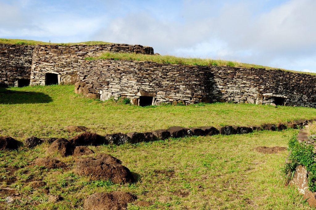 Edifícios seculares de Orongo, Ilha da Páscoa, Rapa Nui