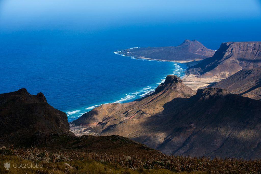 Vista do Pico Verde para a Praia Grande, São Vicente, Cabo Verde