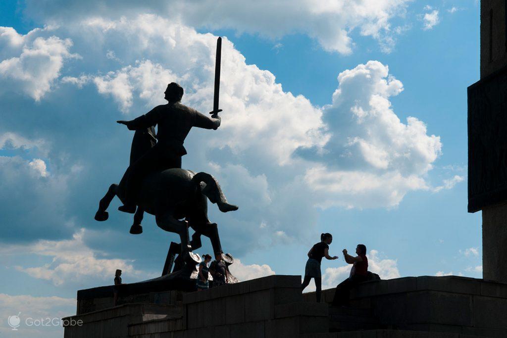 Monumento da Victoria, Novgorod, Rússia