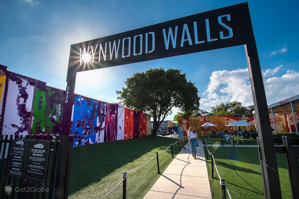 Wynwood Walls em Wynwood, Miami, Estados Unidos da América